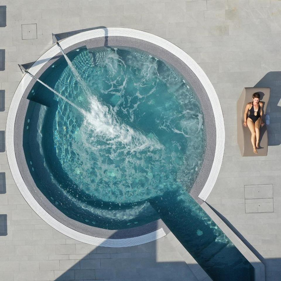 piscina esterna ok