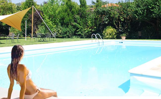 hotel con piscina esterna
