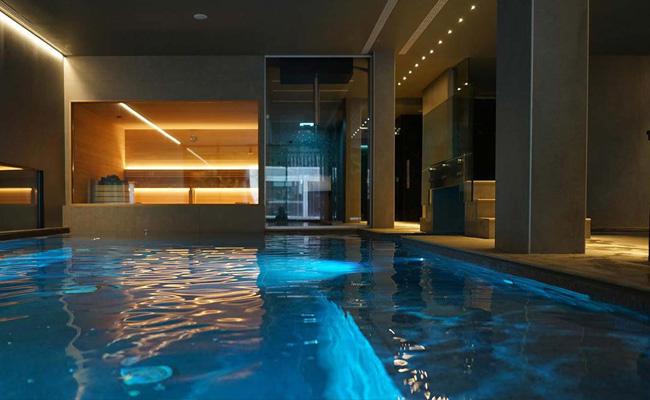 piscina centro benesere